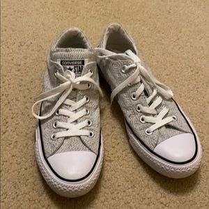 Light gray converse!!